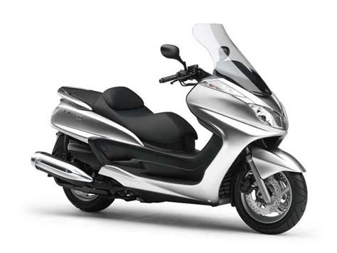 YAMAHA MAJESTY 400 (2004-on) Review | Specs & Prices | MCN