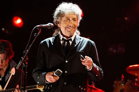 Bob Dylan Whiskey Distillery and Venue to Open in Nashville