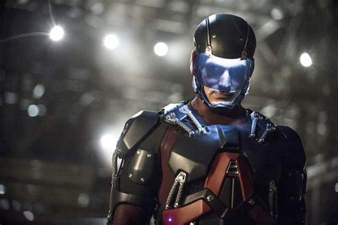 CW Orders Arrow/Flash Spin-off, New Drama from Vampire