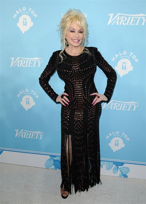 Dolly Parton Talks Body Image And Says Her Weight Has